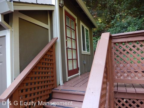 Photo of 17410 Park Ave, Guerneville, CA 95446