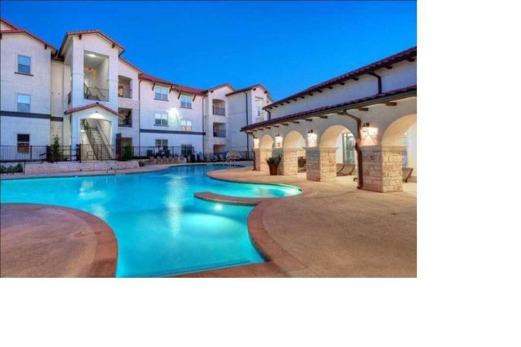 1701 Oak Hill Ln, Austin, TX 78744