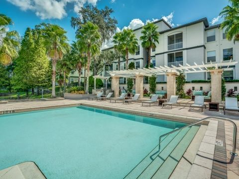 10246 Douglas Oaks Cir, Tampa, FL 33610. Apartment For Rent
