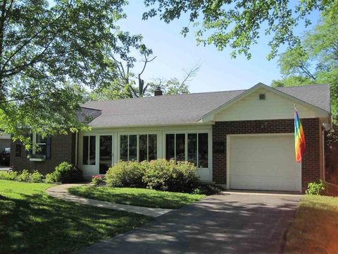 Photo of 3108 W Riverside Ave, Muncie, IN 47304