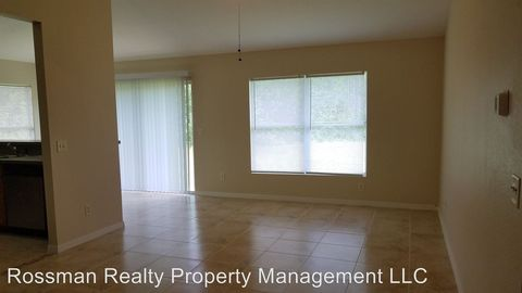 Photo of 326/328 Justice Ave, Lehigh Acres, FL 33972