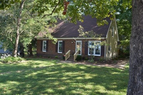 Photo of 109 Lucy Dr, Mount Juliet, TN 37122