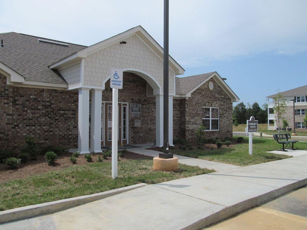 155 Kelly Ln, Lenoir City, TN 37771