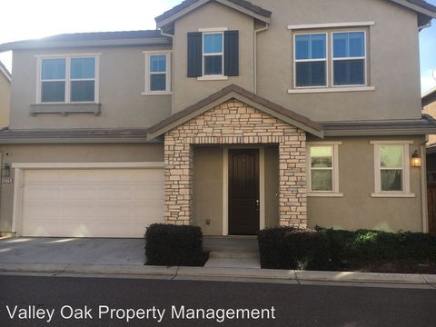 Photo of 2276 Gallery Dr, Riverbank, CA 95367