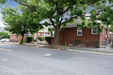 Photo of 1632 Ne Prescott St Apt 1, Portland, OR 97211