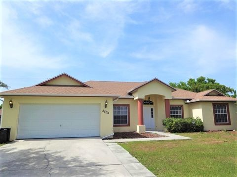 Photo of 5509 Nw Commodore Ter, Port Saint Lucie, FL 34983