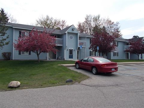 Photo of 5306 Main St, Lexington, MI 48450