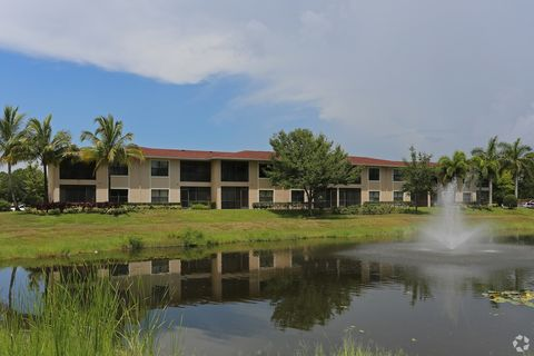 Photo of 1811 Se Walton Lakes Dr, Port Saint Lucie, FL 34952
