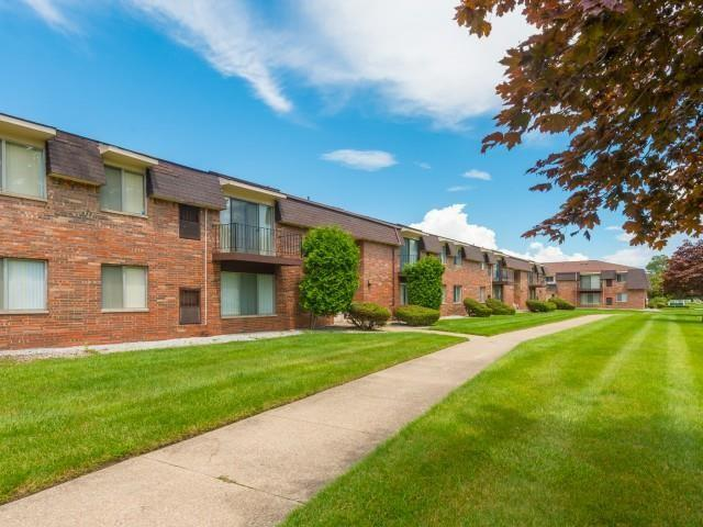 Warren Woods Apartments