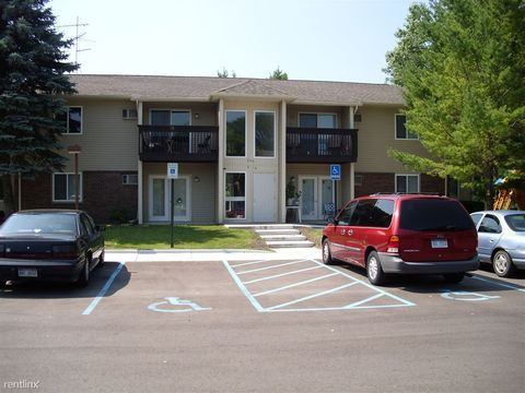 Photo of 240 Windsor St, Alma, MI 48801