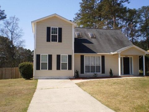 Photo of 888 Hunting Horn Way E, Evans, GA 30809