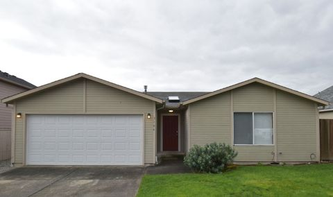Photo of 3106 57th Ave Ne, Tacoma, WA 98422