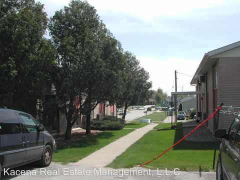 Photo of 403 W Short St, Solon, IA 52333