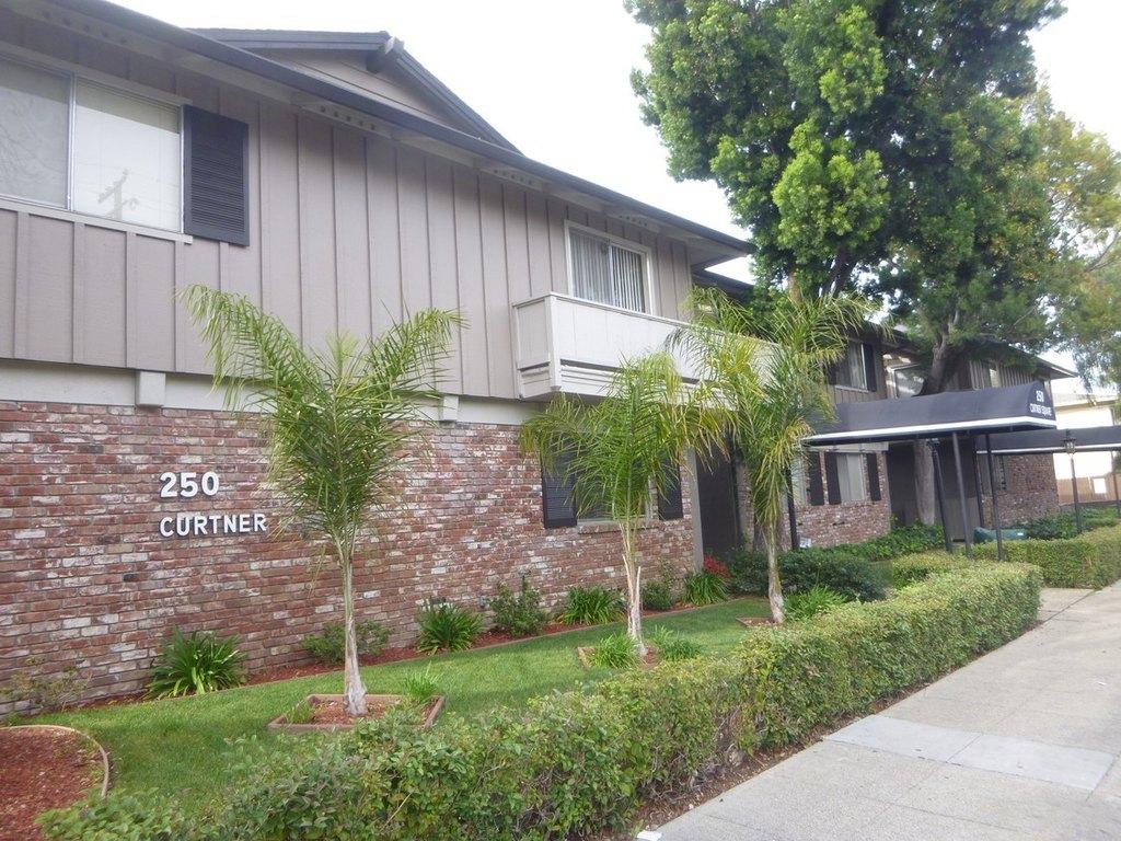 250 Curtner Ave, Palo Alto, CA 94306