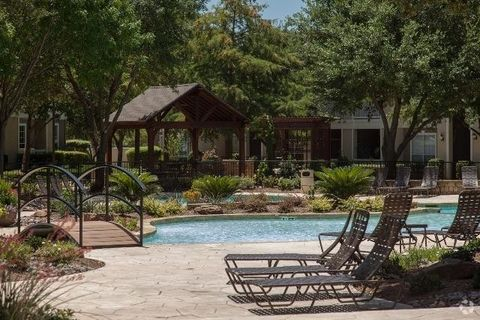 Photo of 4640 Hedgcoxe Rd, Plano, TX 75024
