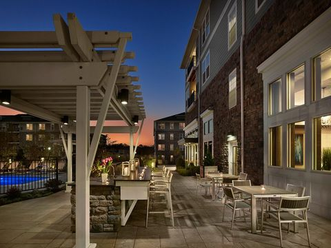 Woodbrook house apartments newtown square pa