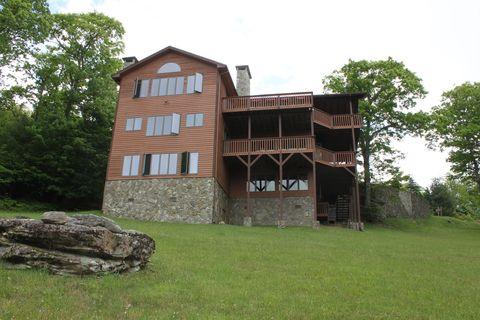 Photo of 187 Oak Ridge Dr, Boone, NC 28607