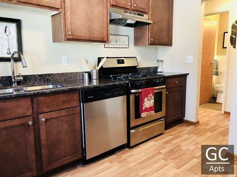 Photo of 3415 65th Ave N, Brooklyn Center, MN 55429