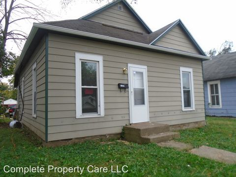 1521 W 4th St, Anderson, IN 46016