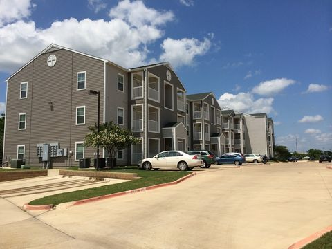 Photo of 950 Colgate Dr, College Station, TX 77840
