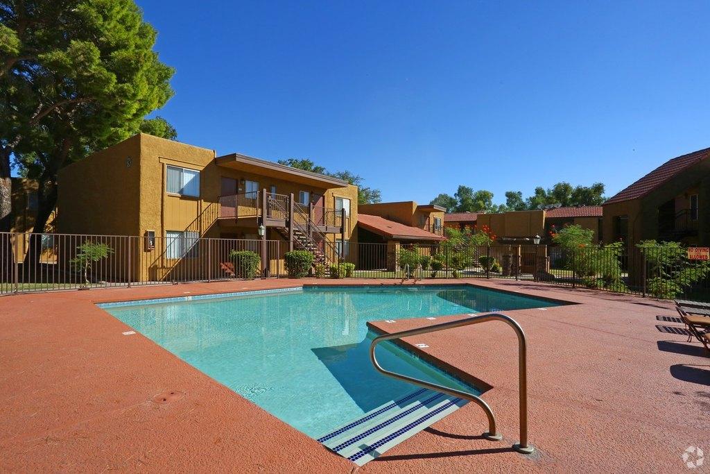 9652 N 31st Ave, Phoenix, AZ 85051