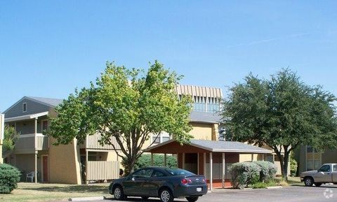 Photo of 2901 Sunset Dr, San Angelo, TX 76904