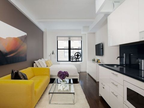 Magnificent Upper West Side Manhattan Ny Apartments For Rent Realtor Home Interior And Landscaping Mentranervesignezvosmurscom