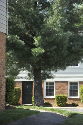 Condo for rent 6238 rosecroft dr charlotte nc 28215 for 1655 dewberry terrace charlotte nc 28208