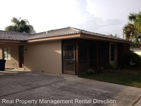 1 Parkwood Villas Ct, Lehigh Acres, FL 33936