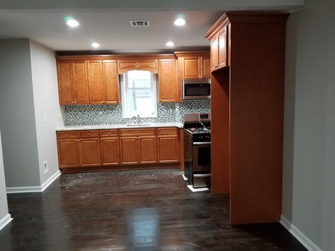Photo of 460 State St 460 State St, Perth Amboy, NJ 08861