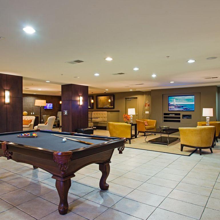 Kearny Villa Rd Apartments