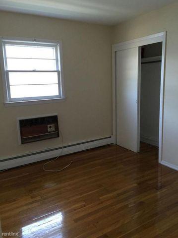 Photo of 2836 204th St, Bayside, NY 11360