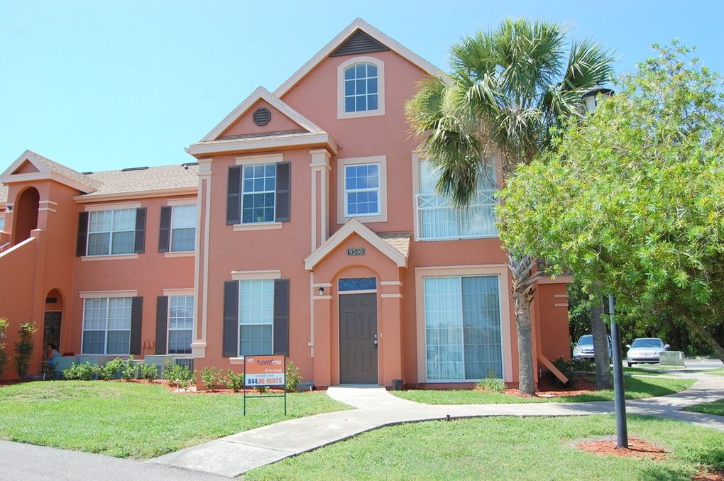 Lake Chase Island Way For Sale