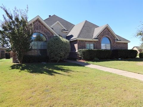 Photo of 135 Olympic Dr, Willow Park, TX 76008