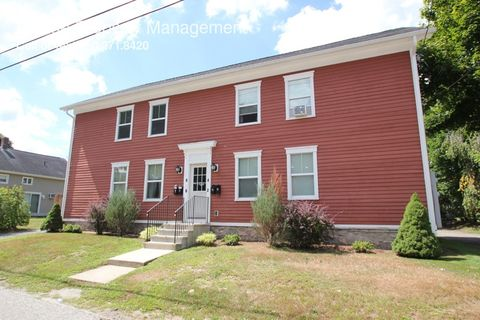 2 S 4th Ave, Taftville, CT 06380
