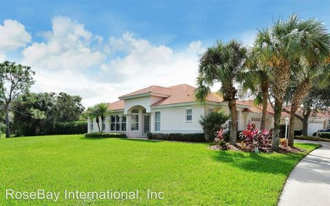 Photo of 5071 Hanging Moss Ln, Sarasota, FL 34238