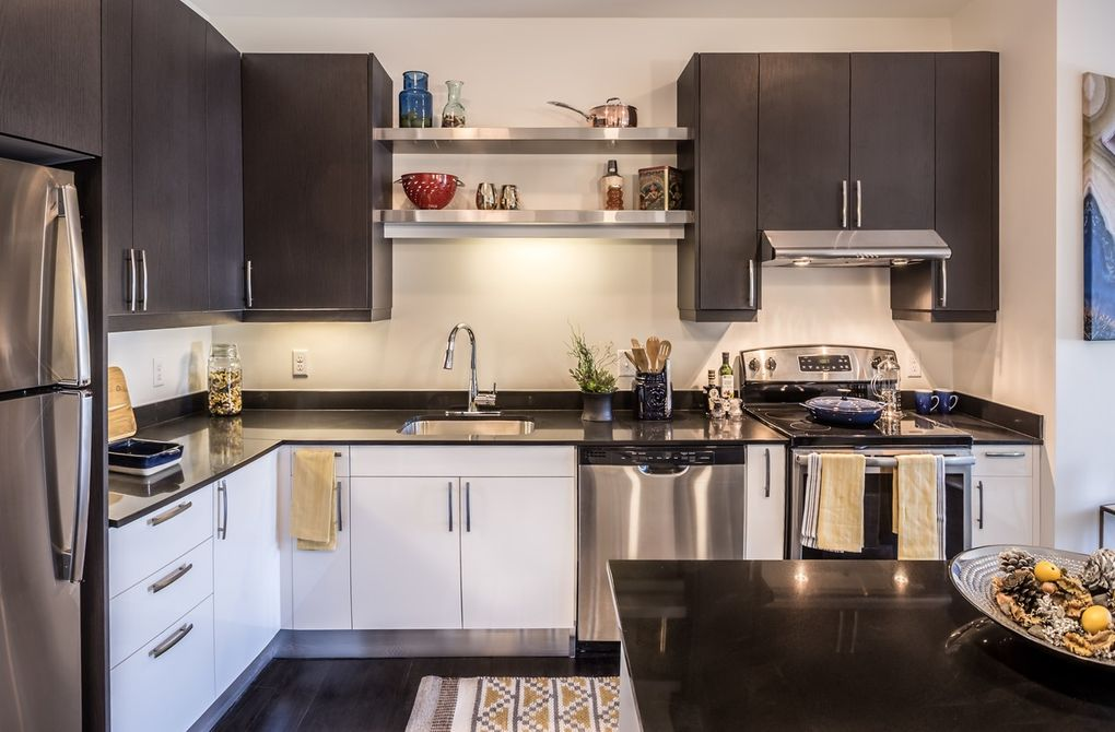 Kitchen Cabinets Quincy Ma 625 thomas burgin pkwy, quincy, ma 02169 - realtor®