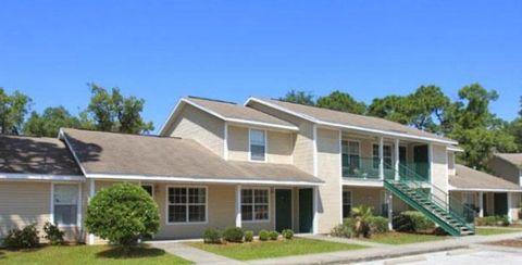 14611 Ivy Chase Ln, Hudson, FL 34667