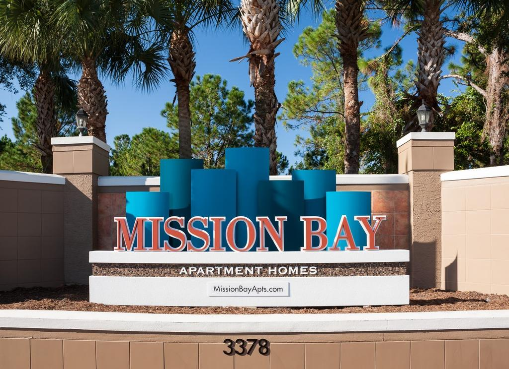 3378 Mission Lake Dr, Orlando, FL 32817