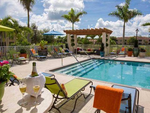3695 Island Club Dr, North Port, FL 34288