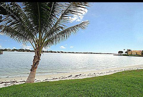 102 Ocean Cay Way, Hypoluxo, FL 33462