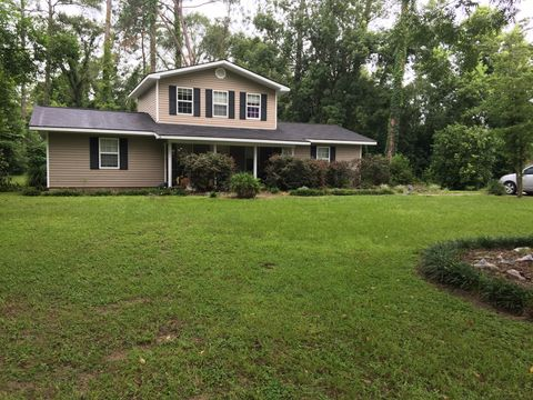 Photo of 248 S Willow St, Jesup, GA 31546