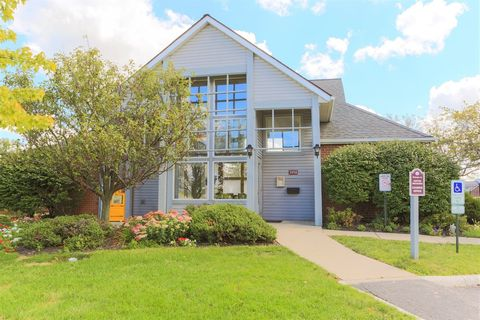 Photo of 3950 Cabot Dr, Springfield, OH 45503
