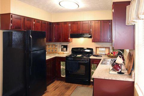 Photo of 2751 Se Hammondton Rd, Marietta, GA 30060