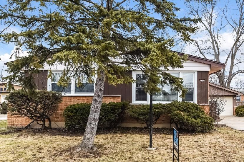 159 W Normandy Dr, Chicago Heights, IL 60411