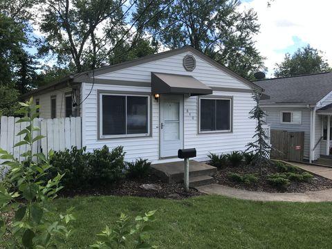 Photo of 640 Clover Ln, Saint Louis, MO 63126