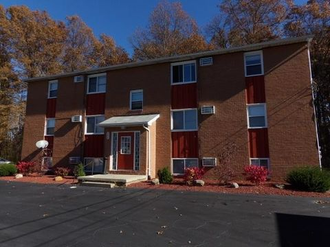 166 Kendall Ave, Campbell, OH 44405