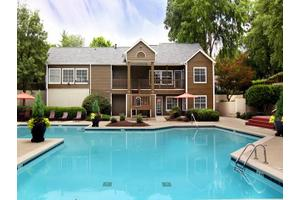 Apartments for Rent at Greenhouse, 3885 George Busbee Pkwy NW ...