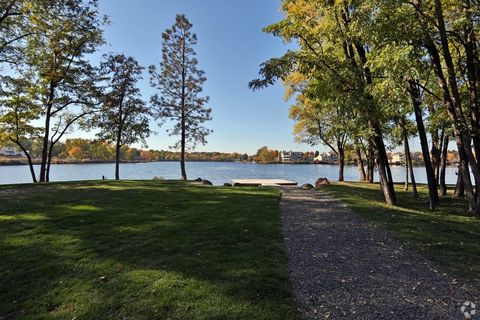 Photo of 3304 N Lakeharbor Ln, Boise, ID 83703