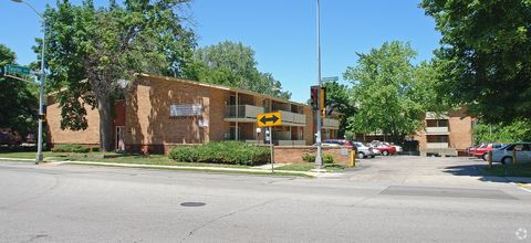 Photo of 2200 Washington Ave, Racine, WI 53405